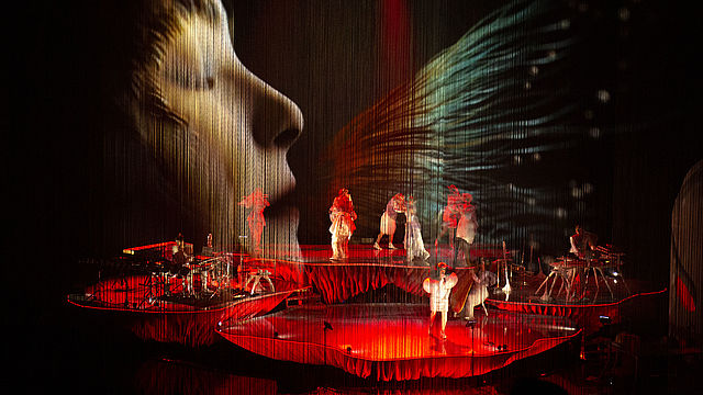 Björk's Cornucopia Enriched By D&B Soundscape At New York Cultural Centre